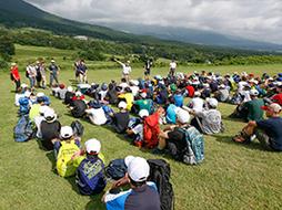 大自然の中で学ぶものが確かにある!4泊5日で行われた中1「黒姫山荘合宿」