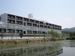 東洋大学附属姫路中学校外観