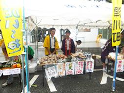文化祭で「北海道物産展」を開催!