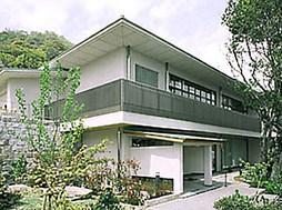 神戸龍谷中学校外観