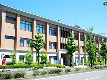 京都精華学園中学校外観