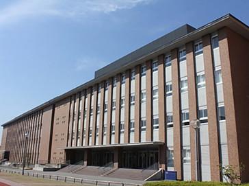 京都学園中学校外観