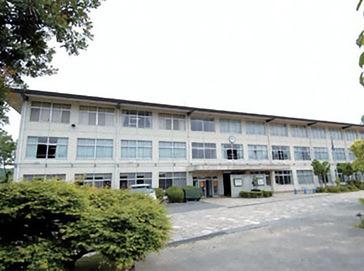 上宮太子中学校外観