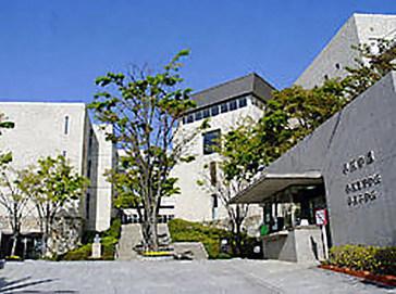 甲南中学校外観