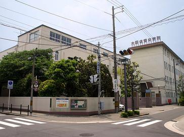 大阪信愛学院中学校外観
