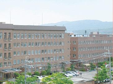 京都光華中学校外観