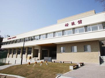 三田学園中学校外観
