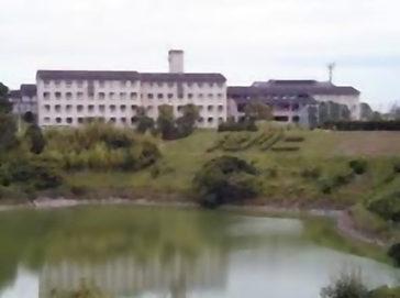 滝川第二中学校外観