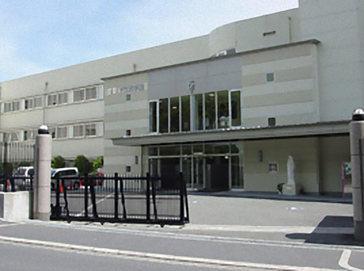 アサンプション国際中学校(旧 聖母被昇天学院中学校)外観